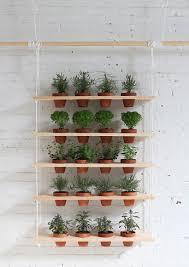 Diy Vertical Herb Garden Diy Een Gaaf Hangend Kruidenrek Voor In De Tuin Roomed Roomed