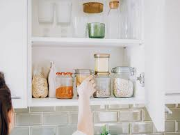 best thing to clean grease kitchen cabinets how to clean kitchen cabinets