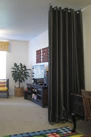 cloison pour separer une chambre la séparation de pièce amovible optez pour un rideau