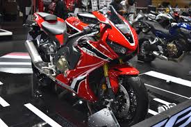 honda cbr 1000 rr india bound honda cbr1000rr showcased at bims 2017