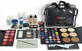 makeup kits for makeup artists makeup kit chicstudios la school of makeup los angeles
