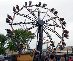 Six Flags Stl Catwoman Whip At Six Flags Over Texas Extreme Thrill Rides