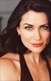 rena sofer hairstyles the queen is here rena sofa talks exclusively to diane j reed