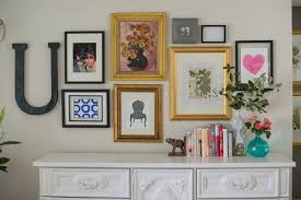 how to do a gallery wall domestic fashionista mixing up a modern gallery wall