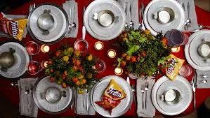 how to throw an impromptu winter dinner party entertaining idea