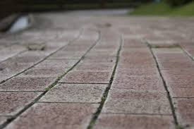 How To Lay Patio Bricks How To Install 18 Inch Patio Pavers Hunker