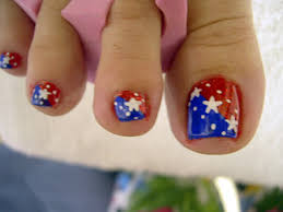 messy but you get the point hello fourth of july toes funky