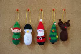 awesome handicraft easy to make ornaments with green