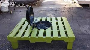 Coffee Table Out Of Pallets by Grill Fire Pit Table Made Out Of Repurposed Pallet U2022 1001 Pallets