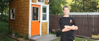 Backyard Little House 13 Year Old Builds 1 500 Tiny House In Family U0027s Backyard Abc News