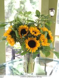 Sunflower Centerpiece Mother U0027s Day Tablescape Inspiration Omg Lifestyle Blog