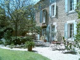 chambre d hote de charme avignon chambres d hôtes à la cagne dans un provençal avignon