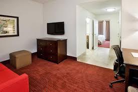 2 bedroom suites in atlanta hampton inn suites atlanta downtown atlanta ga 161 ted turner 30303