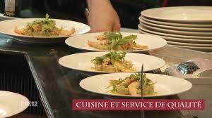 service de cuisine restaurant bar café place de la défense globe trotter cafe