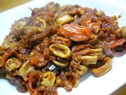cuisiner des seiches wok de seiches au saté et tomates confites la taverne de ginia