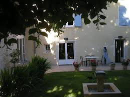 chambres d hotes booking bed and breakfast chambre d hôtes tilleuls lucenay