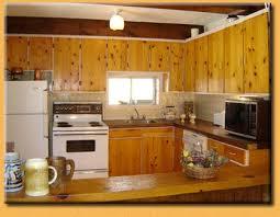 armoire de cuisine en pin chalets lauzon 677