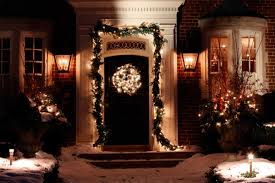 pictures of christmas decorations in homes holiday decorating mistakes reader u0027s digest reader u0027s digest