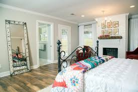 Fixer Upper Bedroom Designs Fixer Upper Season 3 Is On Tonight Can I Get A Whoop Whoop