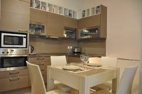 modele de cuisine appartement idée de modèle de cuisine