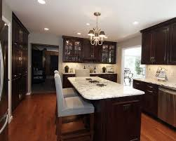 kitchen cabinets and flooring combinations 18 best kitchen cabinet floor combos images on pinterest kitchens