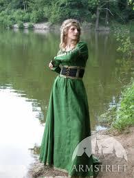 robe habillã e pour un mariage comment s habiller pour assister à un mariage médiéval