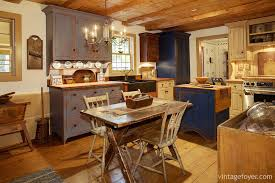 Vintage Blue Cabinets 29 Classic Kitchens With Traditional And Antique Cabinets