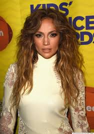 jlo hairstyle 2015 jennifer lopez shows off her legs in roberto cavalli