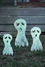 set of 3 metal ghost yard art glow in the dark