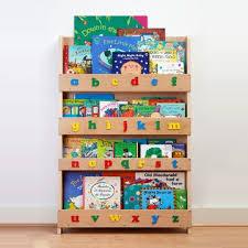 Kids Bookshelves by Best 20 Childrens Bookcase Ideas On Pinterest Baby Bookshelf