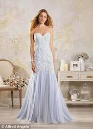 Alfred Angelo Wedding Dress Alfred Angelo Closure Raises Fears For British Brides Daily Mail