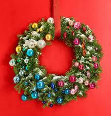 decorating christmas wreath ideas tag 22 stunning decorating