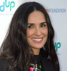black grey hair demi moore s grey hair is a refreshing sight