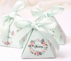 wedding shower party favors creative floral triangular pyramid wedding favors candy boxes pink