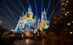 harry potter night light the nighttime lights at hogwarts castle disneyvisitorblog com
