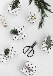 black gift wrapping paper 24 easy diy gift wrapping ideas