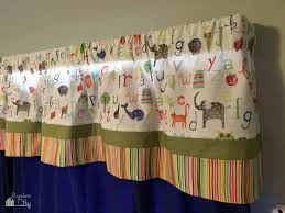 diy project curtains from a crib sheet bugaboocity
