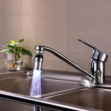 changer evier cuisine évier de cuisine 7color changer l eau de lueur d eau de flux
