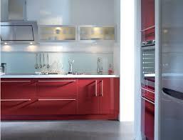 Peinture Rouge Cuisine by Cuisine Rouge Rubis Belle Cuisine Nous A Fait à L U0027aise Dans Le