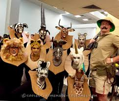 Disney Family Halloween Costume Ideas by Amazing Taxidermy Animal Heads Funny Group Costume Halloween