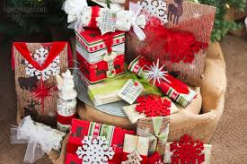 give gifts for a large family