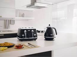 Delonghi Icona Toaster Silver Delonghi Icona 1 7l Kettle Black Kettles Small Kitchen