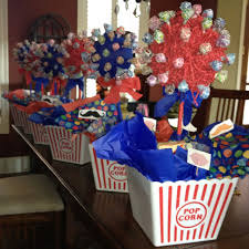 theme centerpieces circus themed centerpiece ideas and pictures centerpieces for