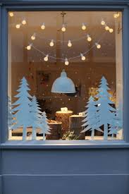 Store Window Decorations For Christmas by Best 25 Winter Window Display Ideas On Pinterest Winter
