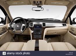 cadillac minivan 2007 cadillac escalade ext in black speedometer tachometer stock