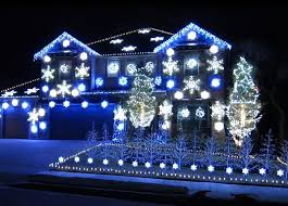 light up xmas pictures video this 25 000 bulb christmas light show brings gangnam style