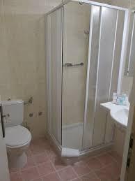 komplettes badezimmer komplettes badezimmer picture of bluesun hotel marina brela