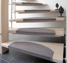 stufenmatten fuer treppe treppenunfälle verringern mit rutschhemmenden stufenmatten openpr
