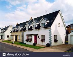 Cottage Style House Modern Bungalow Cottage Style Houses In A Housing Development In