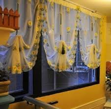 Daisy Kitchen Curtains by Image Of Yellow And White Kitchen Curtains Decorating On A Budget